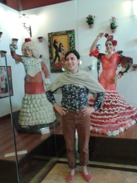 En el Museo del Azúcar de Rute con la Duquesa de Alba y Lola Flores de azúcar